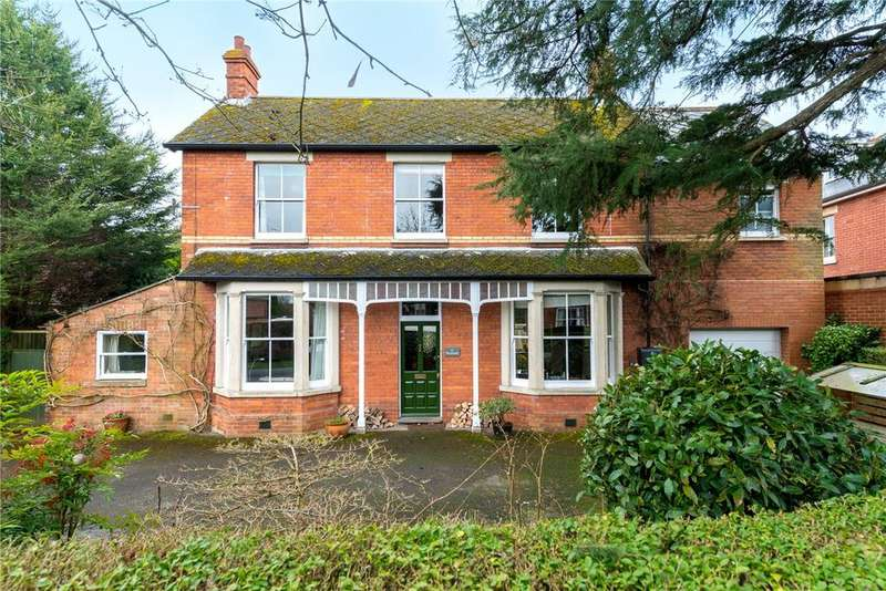 4 Bedrooms Detached House for sale in The Breach, Devizes, Wiltshire, SN10