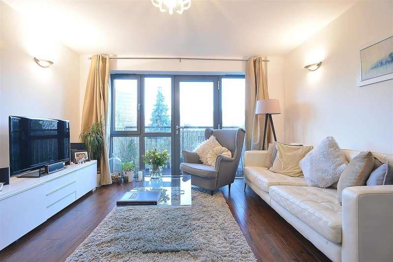 1 Bedroom Flat for sale in Nonsuch House, Colliers Wood, SW19