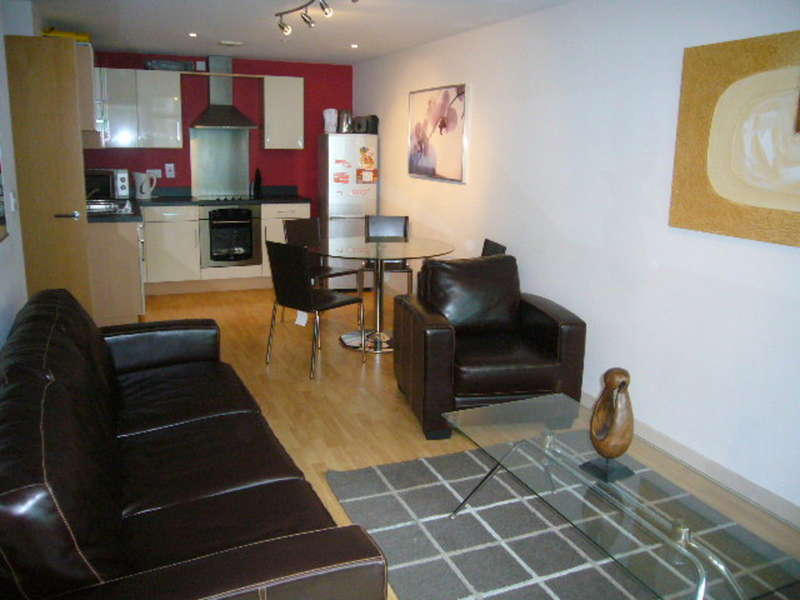 2 Bedrooms Apartment Flat for sale in Lovell House