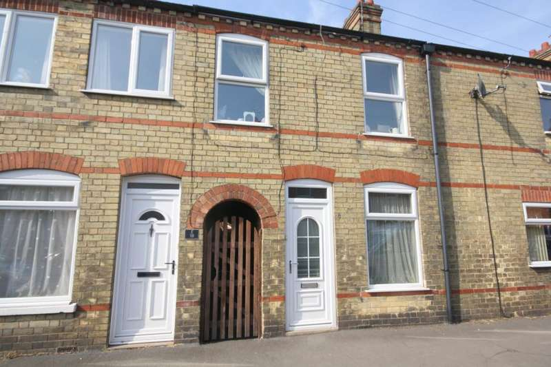 3 Bedrooms Terraced House for sale in Alexandra Road, Sleaford, Lincolnshire, NG34