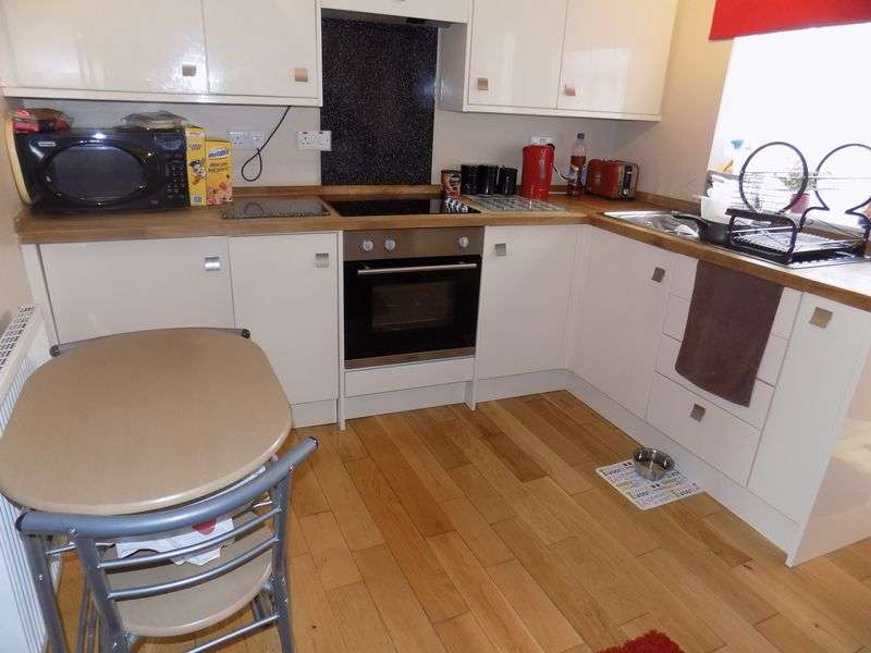 2 Bedrooms Terraced House for sale in Burnt Lane, Gorleston, Great Yarmouth
