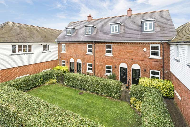 3 Bedrooms Terraced House for sale in Pewter Court, Canterbury, CT1