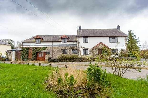 5 Bedrooms Detached House for sale in Dryslwyn, Carmarthen