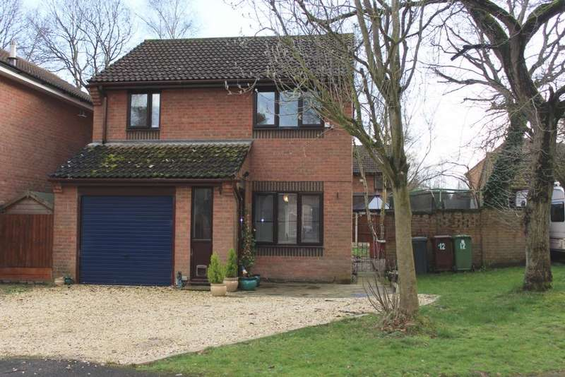 3 Bedrooms Detached House for sale in Wigsley Close, Doddington Park, LN6