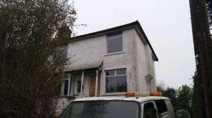 3 Bedrooms House for sale in Hollybush Road, Cardiff, Caerdydd