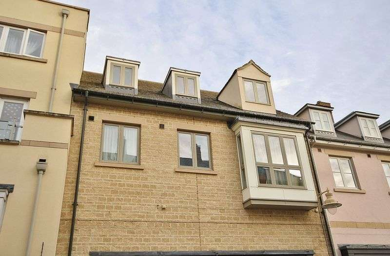 2 Bedrooms Flat for sale in MARRIOTTS WALK, Witney Town Centre OX28 6GX