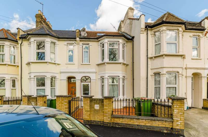5 Bedrooms Terraced House for sale in Ham Park Road., Stratford, E7
