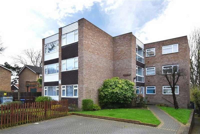 1 Bedroom Flat for sale in Farnaby Road, Shortlands, Kent