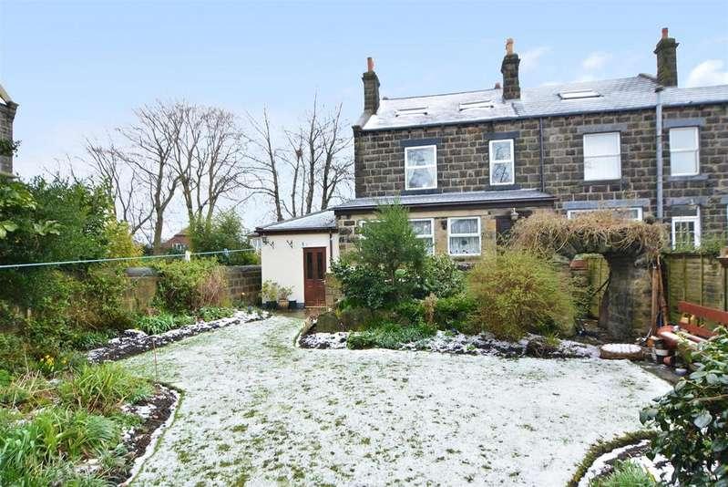 4 Bedrooms Semi Detached House for sale in Harrogate Road, Yeadon, Leeds