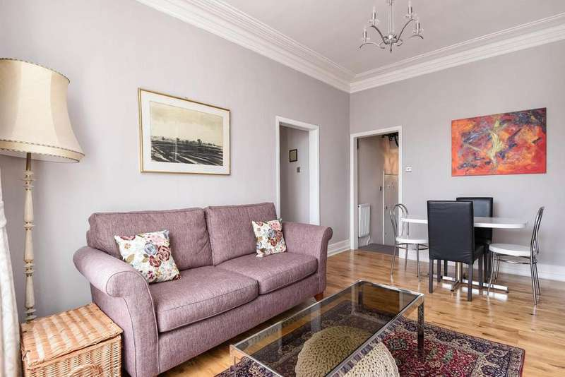 3 Bedrooms Flat for sale in Stockwell Road, Brixton, SW9