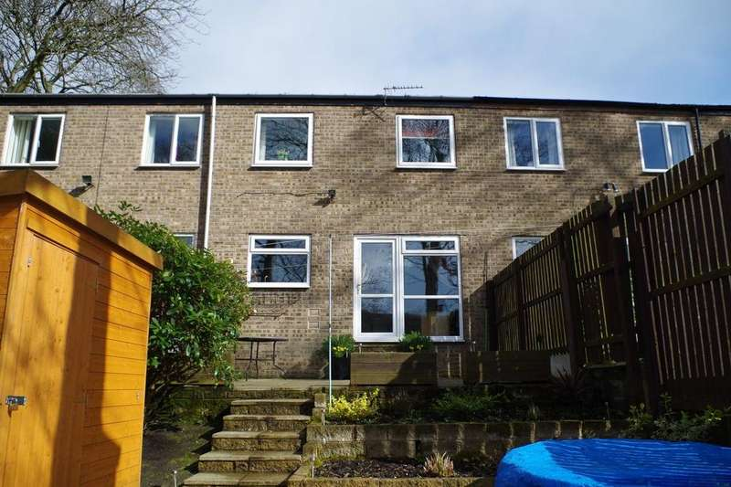 2 Bedrooms Town House for sale in Springwood Avenue, Copley, Halifax HX3