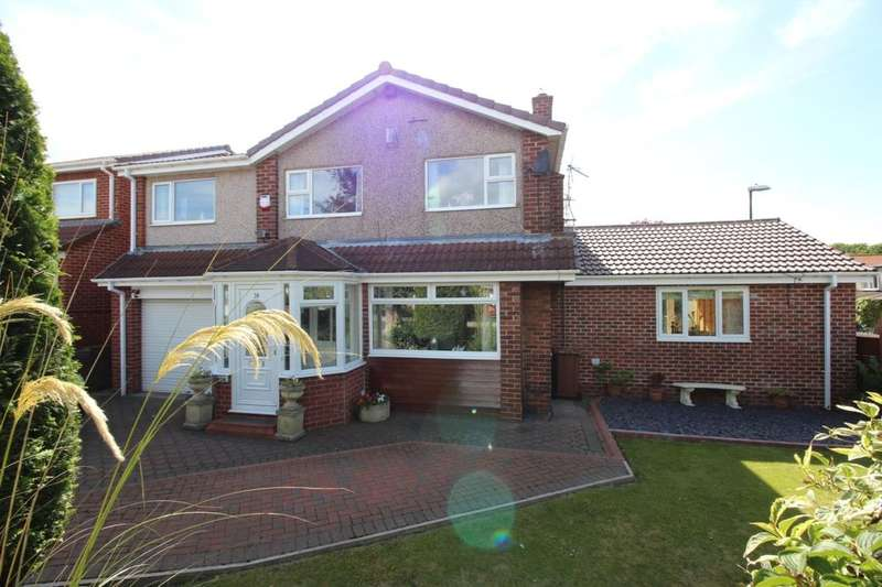 5 Bedrooms Detached House for sale in Park Lea, East Herrington, Sunderland, SR3