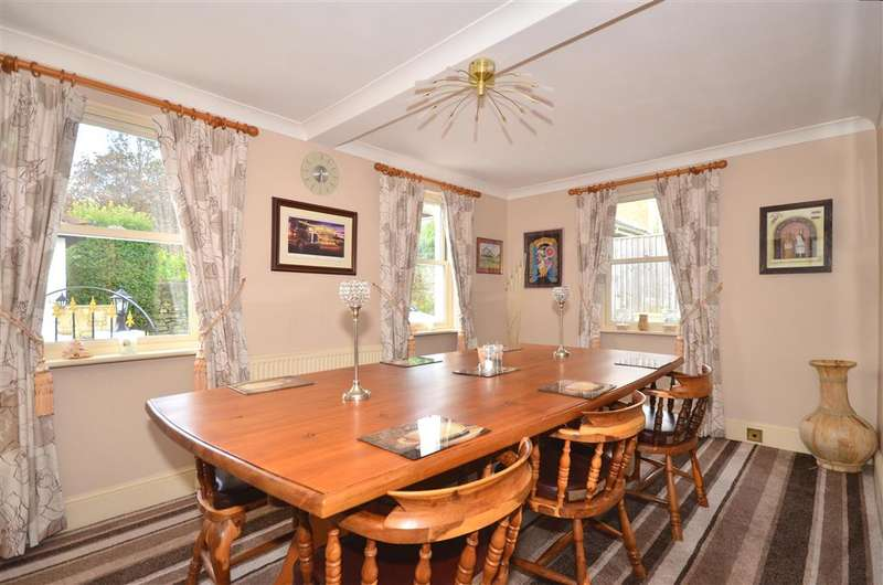 6 Bedrooms Detached House for sale in Melville Street, Ryde, Isle of Wight