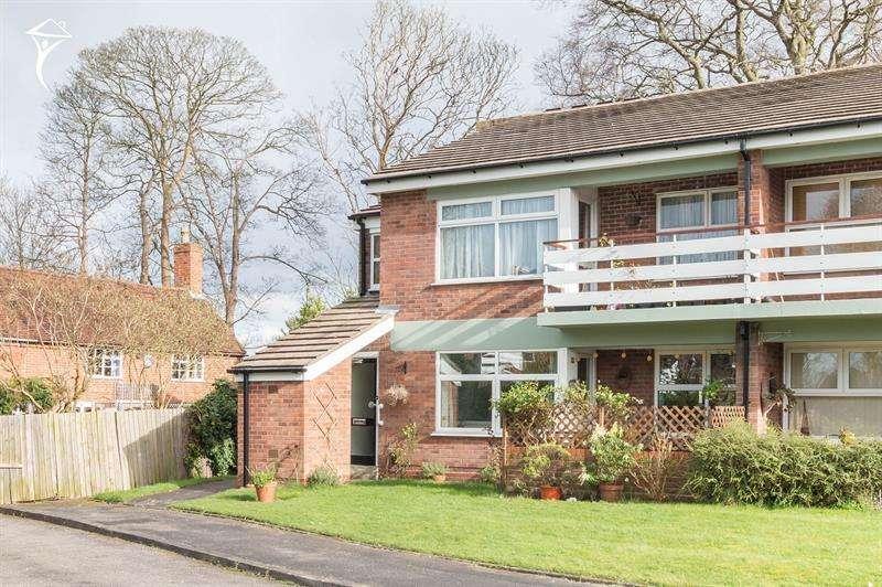 2 Bedrooms Maisonette Flat for sale in Fernside Gardens, Yardley Wood Road, Moseley, Birmingham