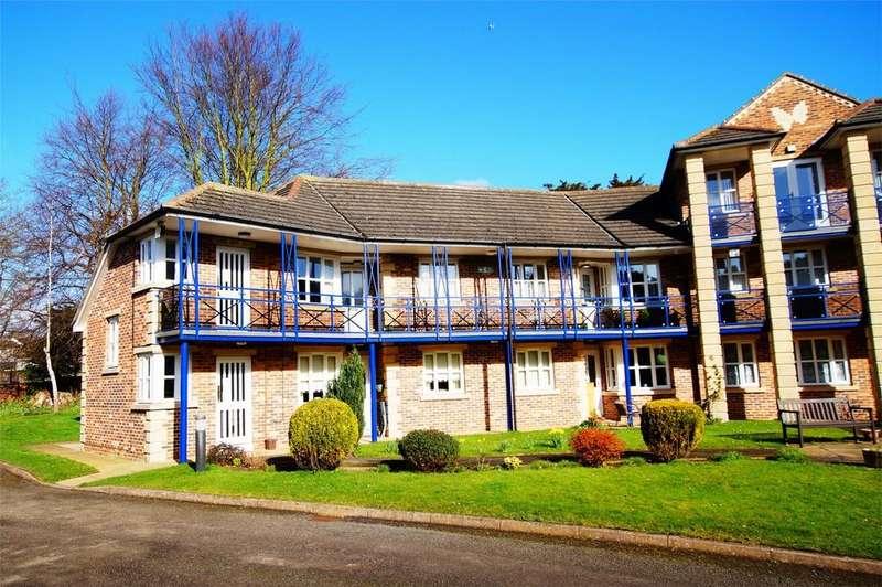 2 Bedrooms Flat for sale in Avenue Court, Westgate, Bridlington