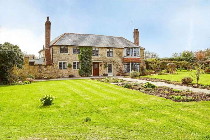 4 Bedrooms Detached House for sale in Willards Hill, Robertsbridge, East Sussex, TN32