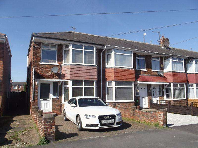 3 Bedrooms Terraced House for sale in Manor Road, Hull