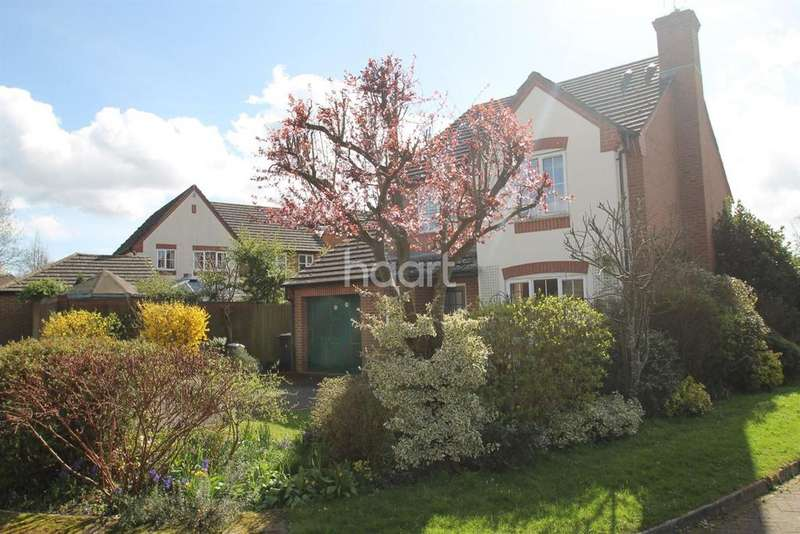4 Bedrooms Detached House for sale in Upper Mount, Liss, Hampshire