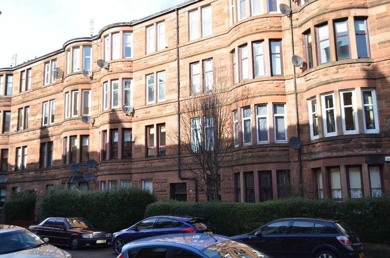 1 Bedroom Flat for sale in Dundrennan Road, Flat 1/2, Battlefield, Glasgow, G42 9SA