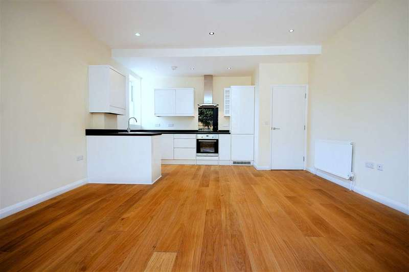 2 Bedrooms Flat for sale in The Anchorage, Hamble, Southampton