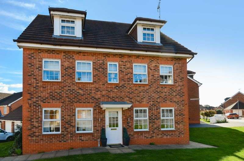 5 Bedrooms Detached House for sale in 73 Emmerson Drive, Clipstone Village, Mansfield, NG21 9AX