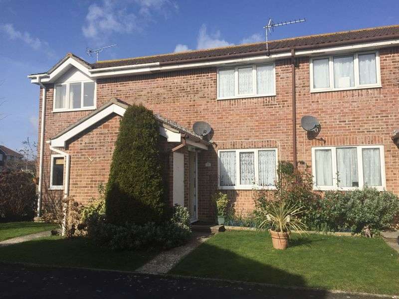2 Bedrooms Terraced House for sale in Clyffe View, Crossways