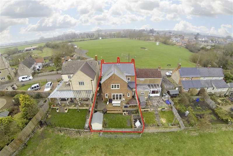 4 Bedrooms Semi Detached House for sale in Bridge Street, Brigstock