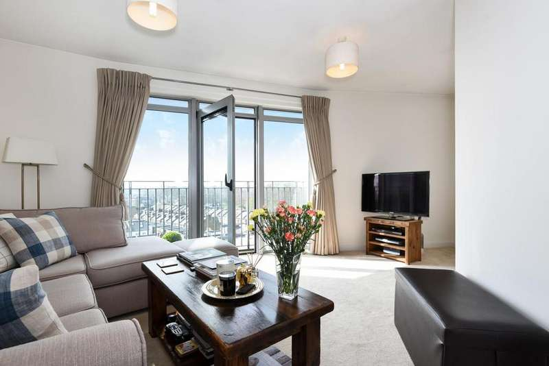 1 Bedroom Flat for sale in Wandsworth Bridge Road, Fulham, SW6
