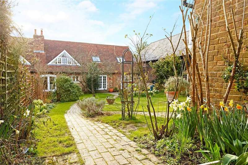 4 Bedrooms House for sale in Yew Tree Lane, Rotherfield, Crowborough, East Sussex, TN6