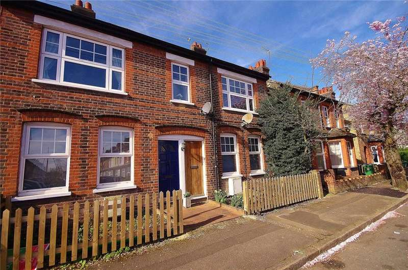 2 Bedrooms Parking Garage / Parking for sale in Sussex Road, Watford, Hertfordshire, WD24