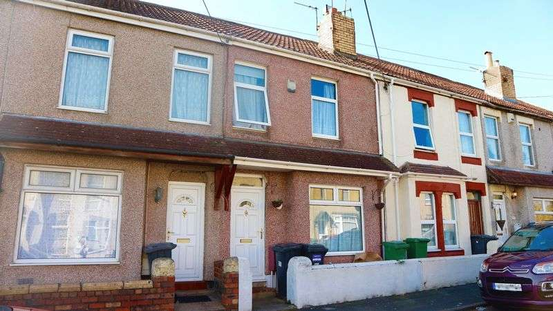 3 Bedrooms Terraced House for sale in Wellington Road, Kingswood, Bristol, BS15 1PS