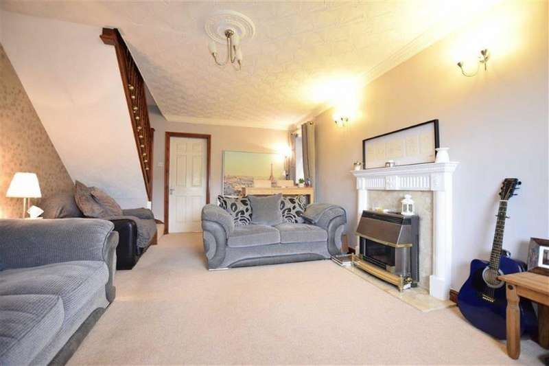 3 Bedrooms Semi Detached House for sale in Paterson Court, Stocksbridge, Sheffield, S36