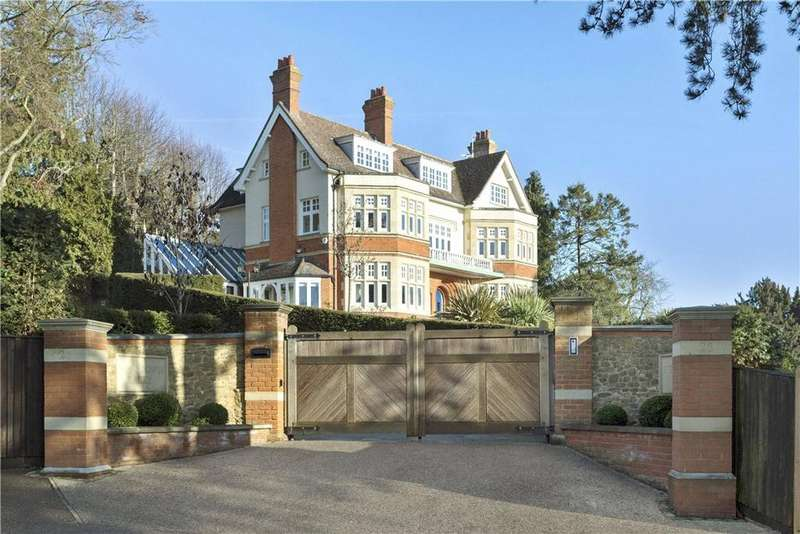 7 Bedrooms Detached House for sale in Warwicks Bench, Guildford, Surrey, GU1