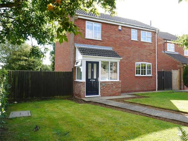 3 Bedrooms Detached House for sale in Cobwells Close, Fleckney, Leicester