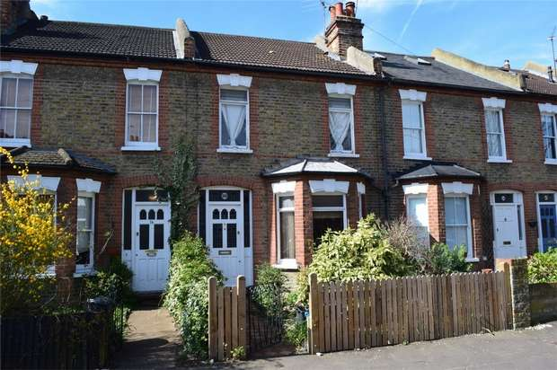 2 Bedrooms Terraced House for sale in Laurel Avenue, Twickenham