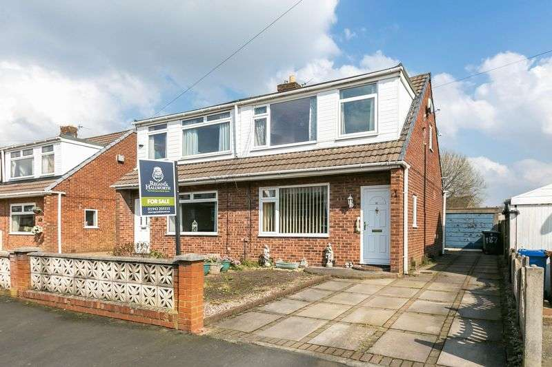 3 Bedrooms Semi Detached House for sale in Camberwell Crescent, Whelley, WN2 1AY