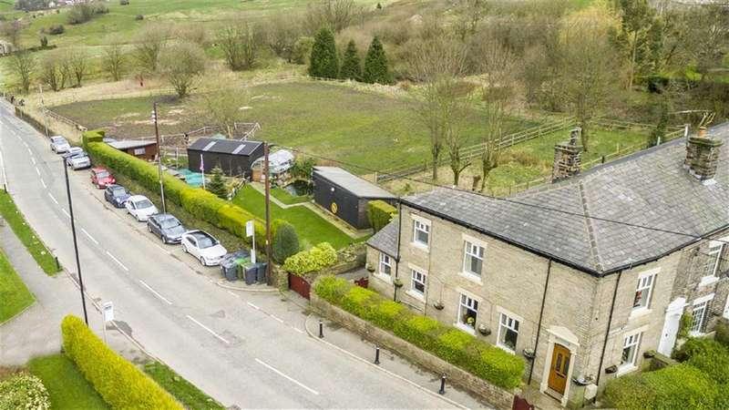 3 Bedrooms Property for sale in Under Lane, Grotton, SADDLEWORTH, OL4