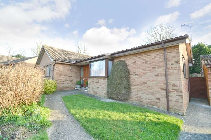 3 Bedrooms Detached Bungalow for sale in Binstead, Isle Of Wight