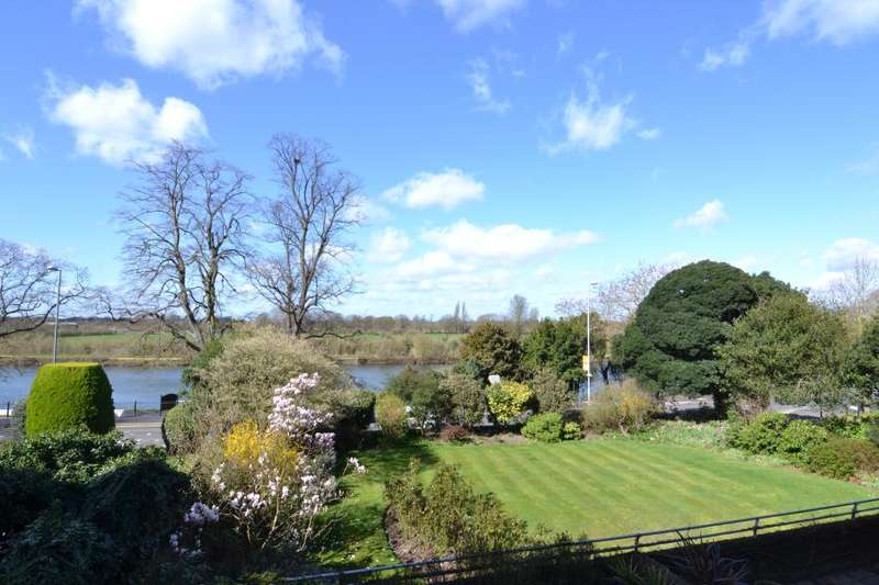 3 Bedrooms Flat for sale in Arundale, Anglesea Road, Kingston upon Thames KT1