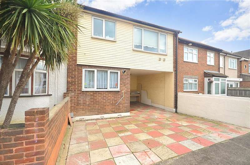 3 Bedrooms Terraced House for sale in Guildford Road, Walthamstow, London