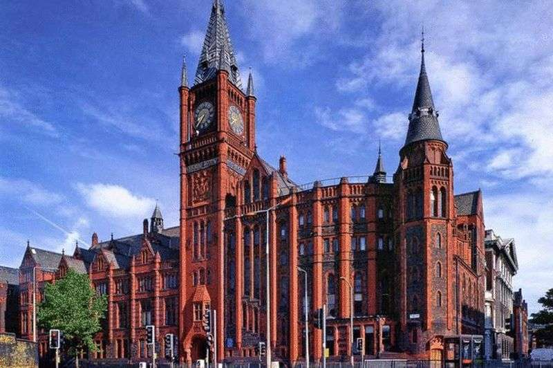 2 Bedrooms Flat for sale in 7-11 James Street , Liverpool