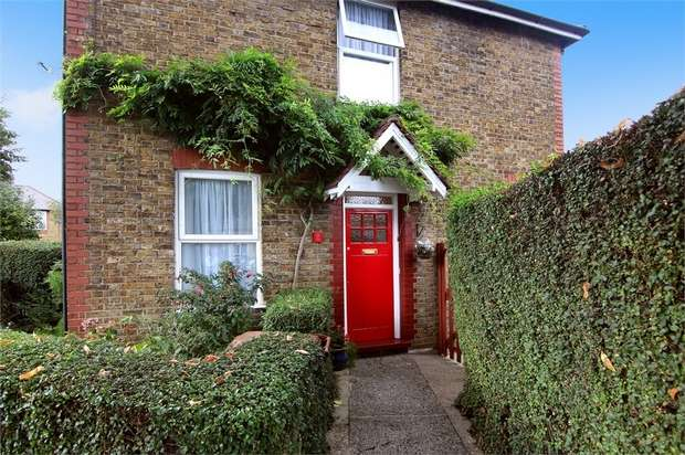 3 Bedrooms End Of Terrace House for sale in Ardleigh Road, Walthamstow, London