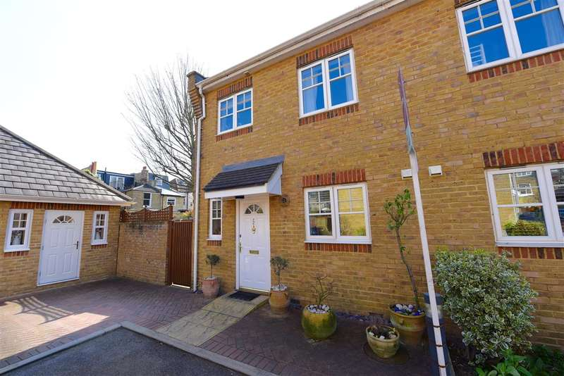 2 Bedrooms Semi Detached House for sale in Orton Place, Merton Road, Wimbledon