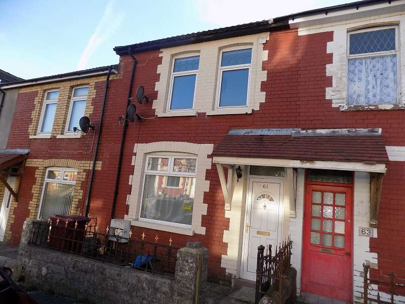 3 Bedrooms Terraced House for sale in The Avenue, Pontycymer, Bridgend. CF32 8LY