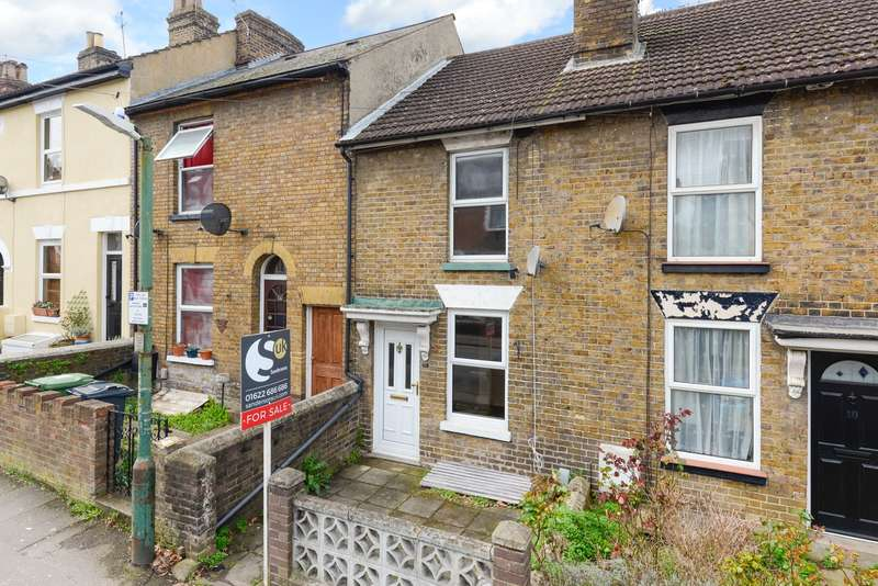 2 Bedrooms Terraced House for sale in Kingsley Road, Maidstone, ME15