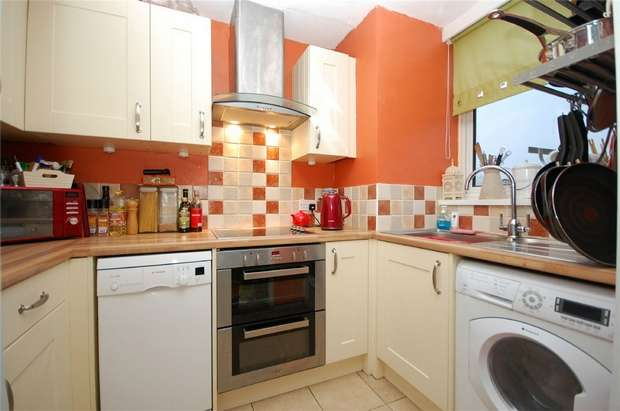 1 Bedroom Flat for sale in Beaver Close, Hampton