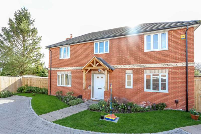 4 Bedrooms Detached House for sale in Kentwood Close, Cholsey