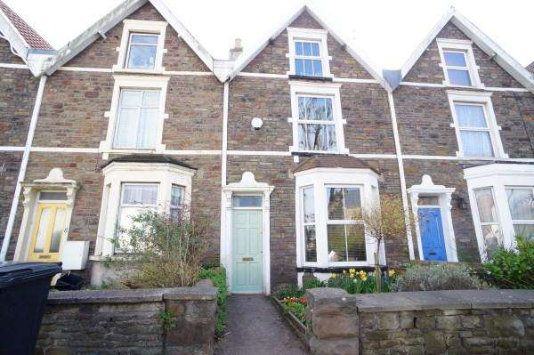 3 Bedrooms House for sale in Downend Road, Fishponds, Bristol, BS16 5AP