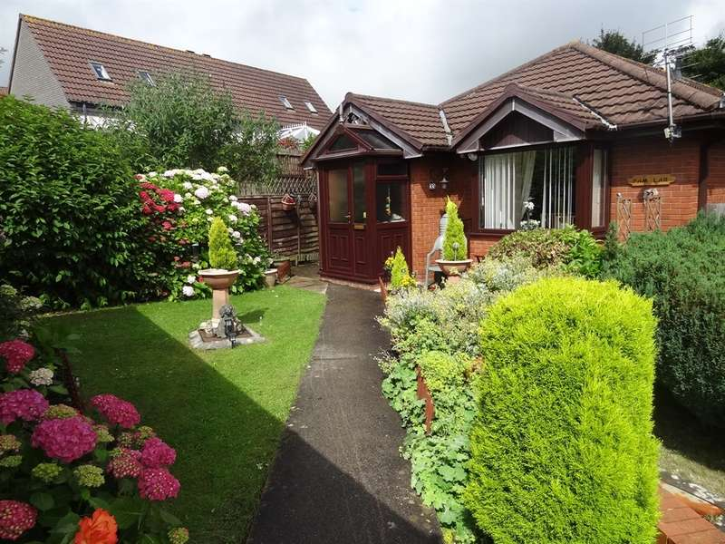 2 Bedrooms Detached Bungalow for sale in Cook Road, Barry