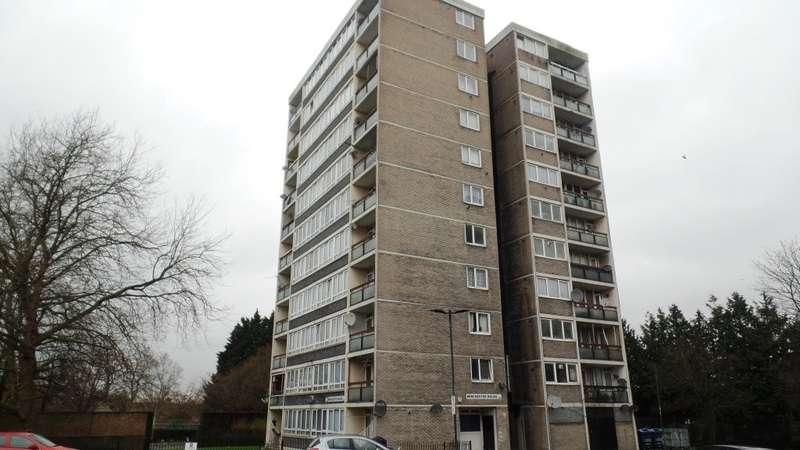 2 Bedrooms Flat for sale in Portway Gardens, London